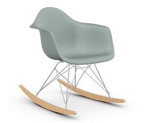 Eames RAR -keinutuoli, light grey/kromi/vaalea vaahtera
